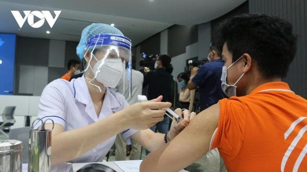 Coronavirus hotspot considers 'green cards' to ease measures -0